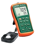 Extech EA33-NIST EasyView Light Meter with Memory