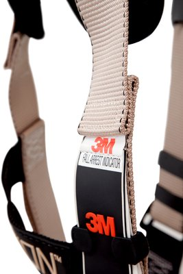 3M Elavation 7510Q Safety Harness OSHA Fall Arrest Indicator