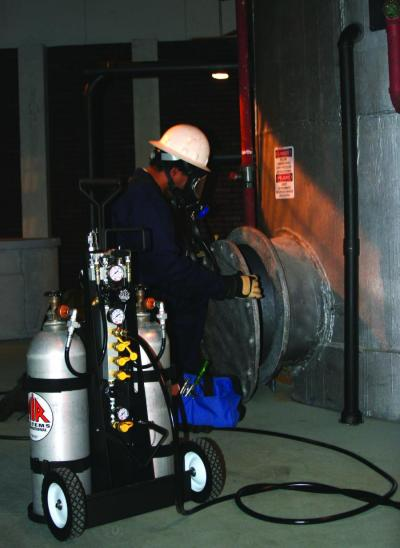 Air Systems International MULTI-PAK Air Cylinder Cart Is Designed For Confined Space Applications
